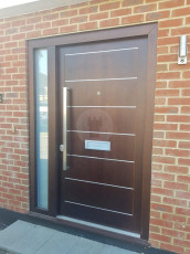 Fort Security Doors Contemporary Door With Aluminium Inlayers And Glazed Side Light